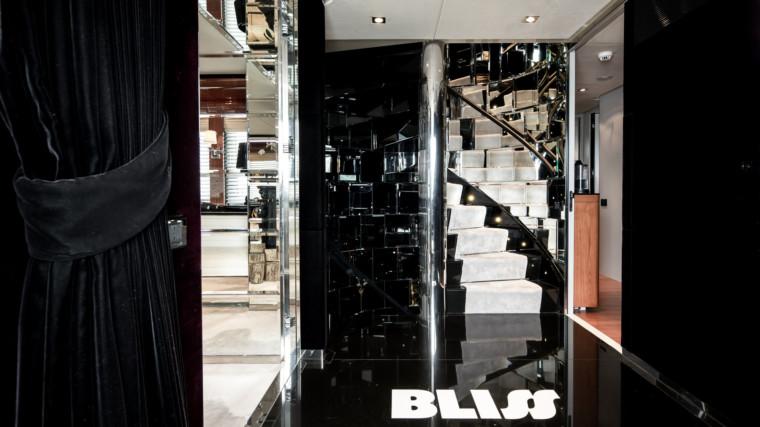 BLISS-charter-yacht-Valef-Yachts-33