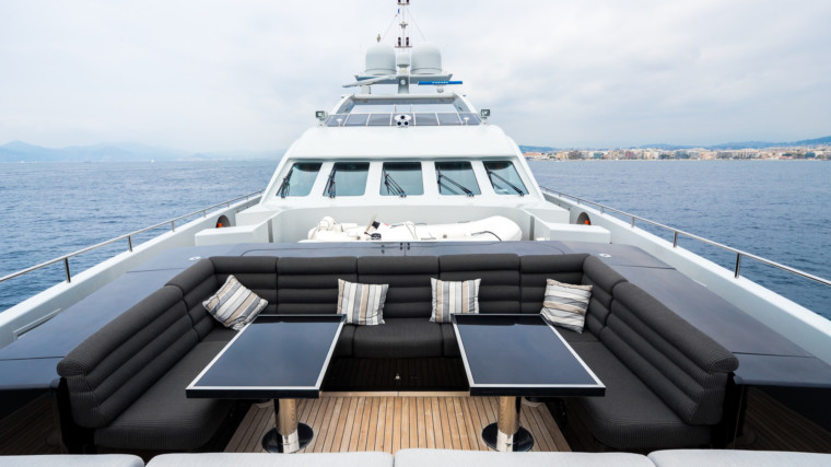 BLISS-charter-yacht-Valef-Yachts-35