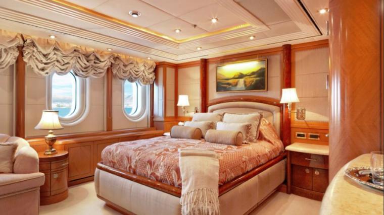 CAPRI-Valef-Yachts-mega-yacht-21