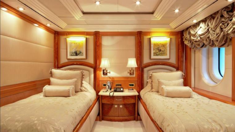 CAPRI-Valef-Yachts-mega-yacht-24