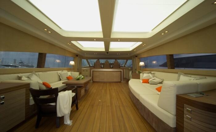George-P-salon-Valef-Yachts