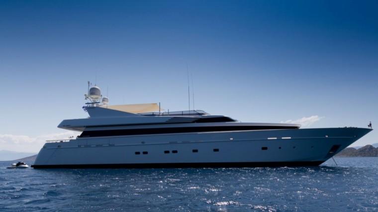 Profile-Mabrouk-charter-yacht-luxury