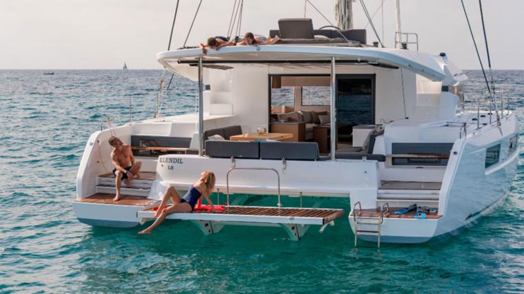 Screenshot_2018-12-19-Lagoon-Catamaran-vente,-location,-construction-de-catamaran-et-de-bateau-de-luxe---50(14)