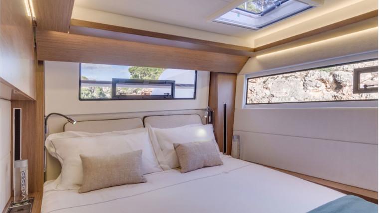 Screenshot_2018-12-19-Lagoon-Catamaran-vente,-location,-construction-de-catamaran-et-de-bateau-de-luxe---50(4)