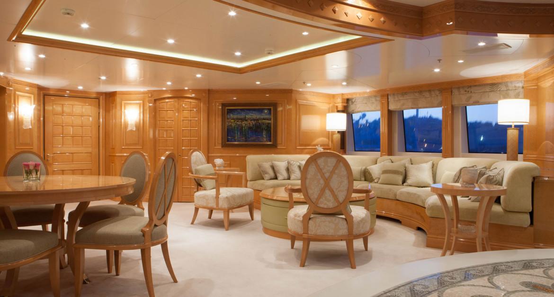 Yacht-St-David---Upper-Deck-Lounge
